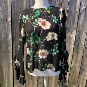 H&M Floral Print Blouse with Ruffled Sleev…